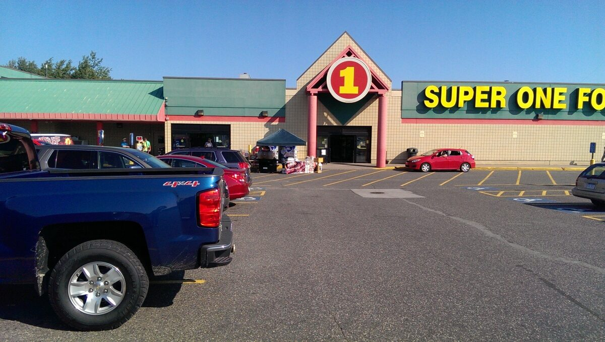 UPAWS_Benefit_Super_One_Foods_Marquette_003