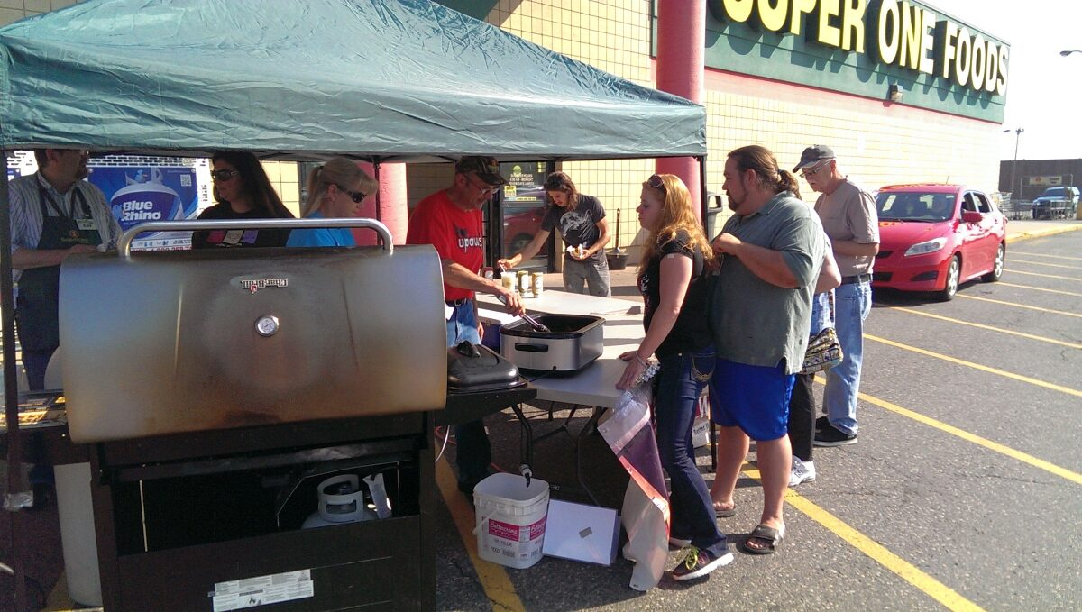 UPAWS_Benefit_Super_One_Foods_Marquette_005