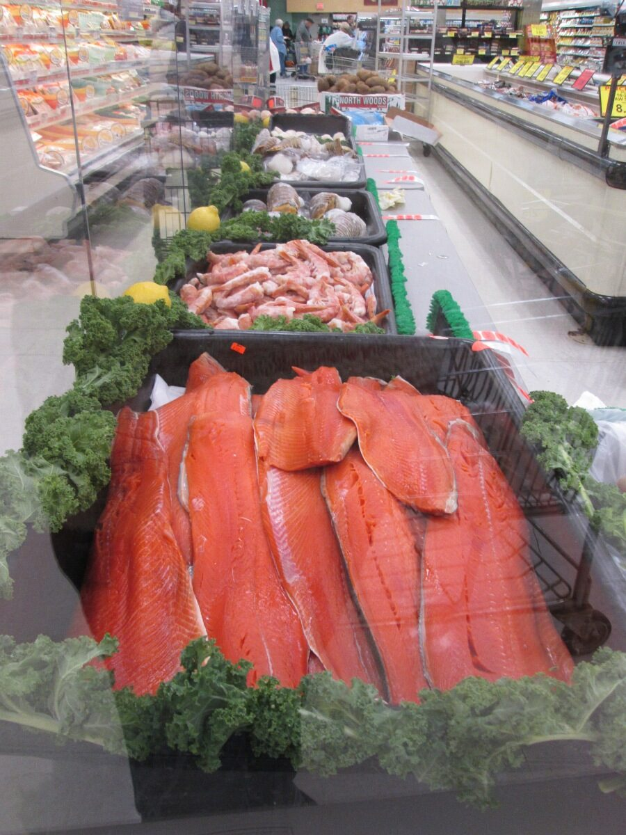 Super One Foods Marquette Surf and Turf New Years Sale 010