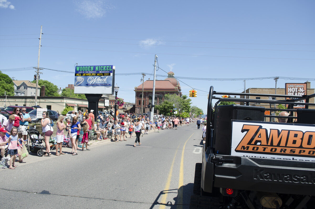 2016-Marquette-Fourth-of-July-Parade-Great-Lakes-Radio_62