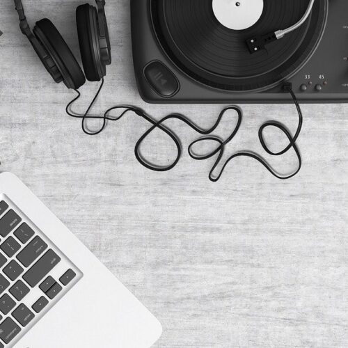 GTO-Music-Laptop