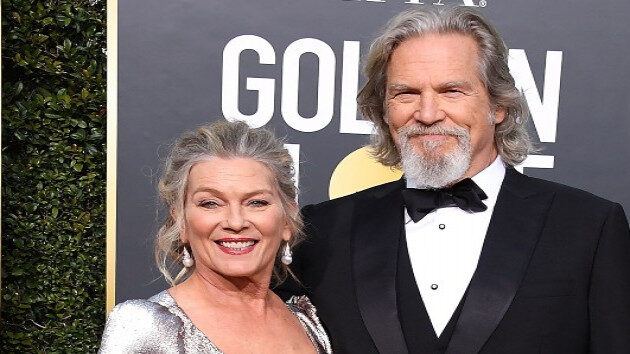 getty_jeff_bridges_and_wife_09132021_0